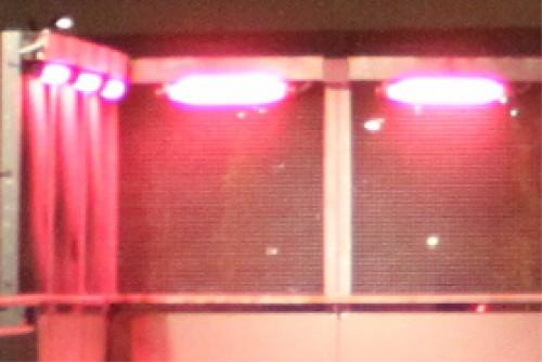 lumière rose parking.jpg